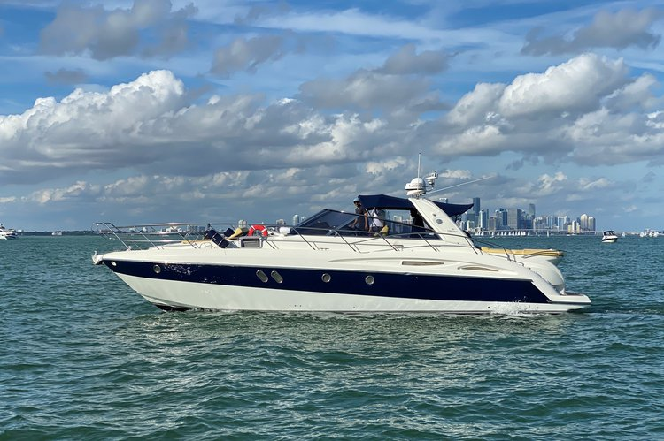 Perfect Luxury Cruiser For Everything Miami Can Offer!