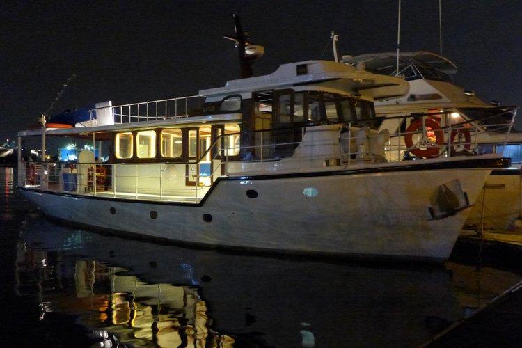 58.65 feet Hong Kong & Whampoa Dock Co. Ltd. in great shape