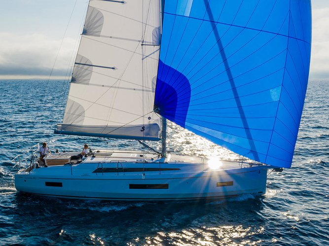 This sailboat charter is perfect to enjoy Zadar