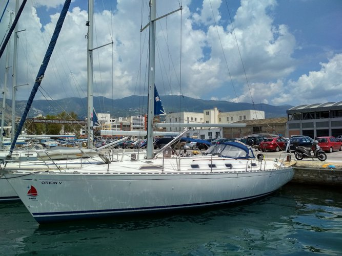 Charter this amazing sailboat in Volos
