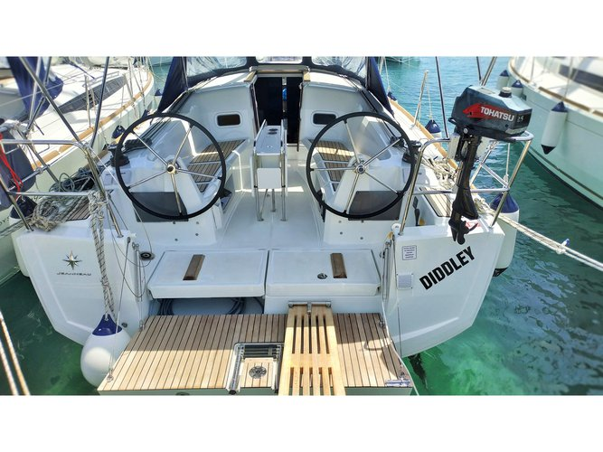 Get on the water and enjoy Pirovac in style on our Jeanneau Sun Odyssey 349