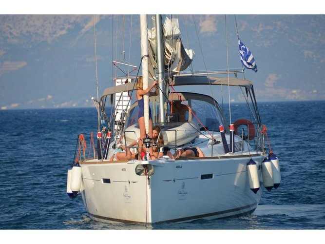 Beautiful Jeanneau JEANNEAU S.O. 449 2016 ideal for sailing and fun in the sun!