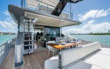 Classy 77 Azimut Yacht Charter in Miami