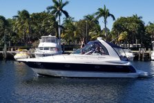 Bachelorette! Family celebration, Fun and-Adventure Awaits ! 40' Cruisers Yacht. from Hallandale.