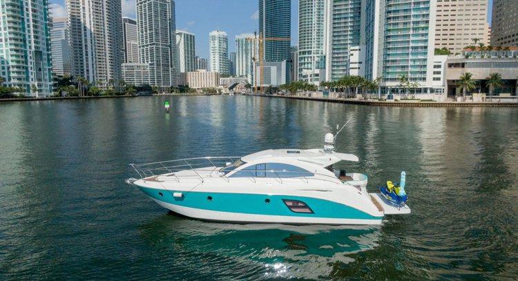 48' Beautiful Beneteau  Luxury Yacht