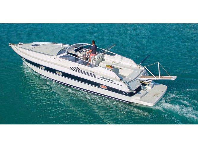 Cruise Zakynthos, GR waters on a beautiful Pershing Pershing 33