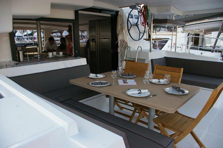 Catamaran boat for rent in Marsh Harbour