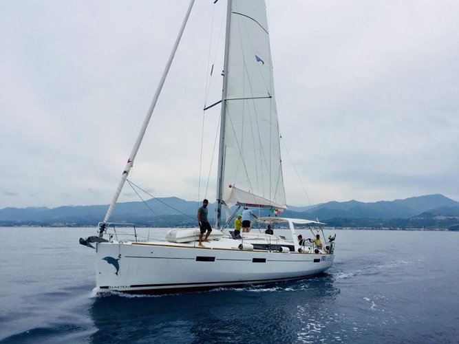Explore Marsala on this beautiful sailboat for rent