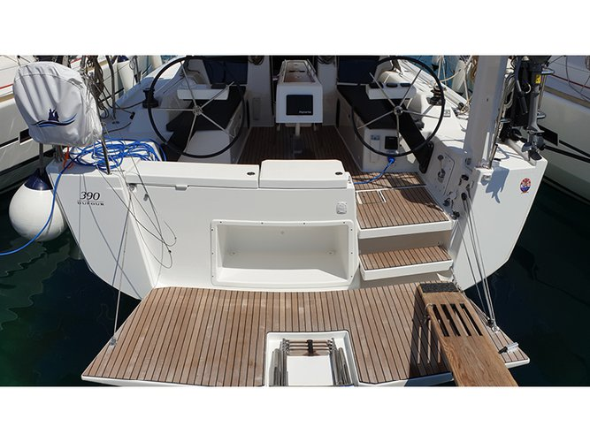 Beautiful Dufour Yachts Dufour 390 Grand Large ideal for sailing and fun in the sun!