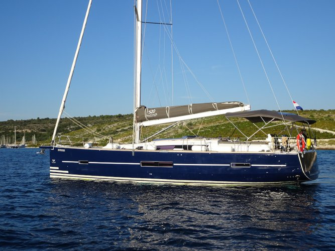 Hop aboard this amazing sailboat rental in Dubrovnik!