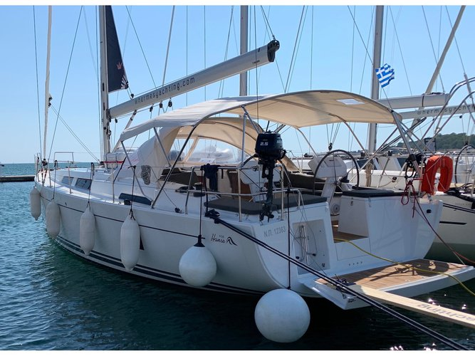 Jump aboard this beautiful Hanse Yachts Hanse 458