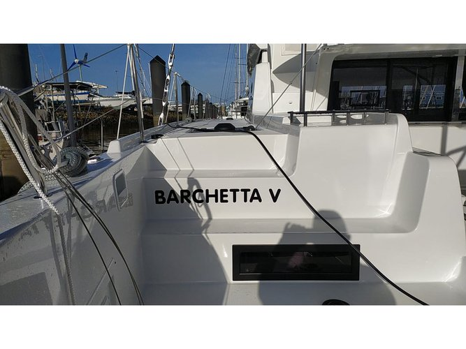 Discover Piraeus in style boating on this sailboat rental