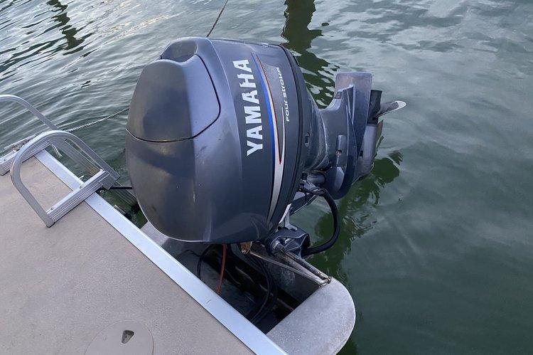 Boat for rent Bennington 20.0 feet in Miami Beach, FL