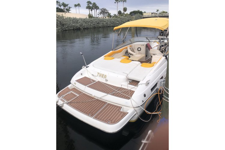 Bow rider boat for rent in Hallandale Beach