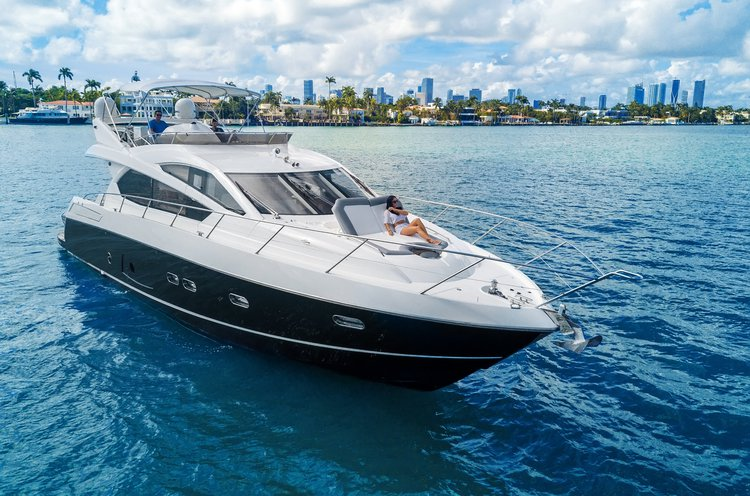 Mega yacht boat rental in Miami Beach, FL