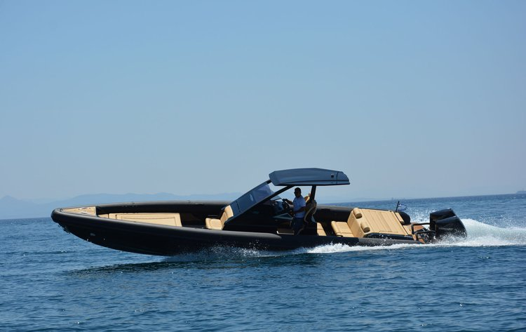 Boat for rent Technohull 39.44 feet in Agios Kosmas Marina, Greece