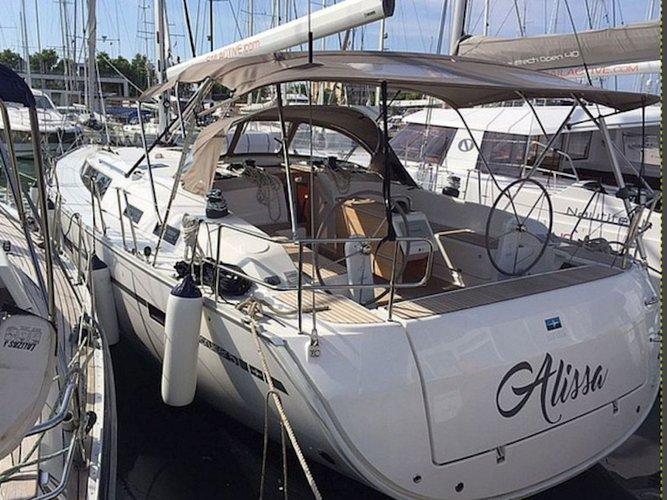 Charter this amazing Bavaria Yachtbau Bavaria Cruiser 51 in Palma de Mallorca, ES