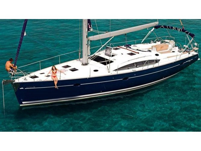 Discover Denia in style boating on this sailboat rental