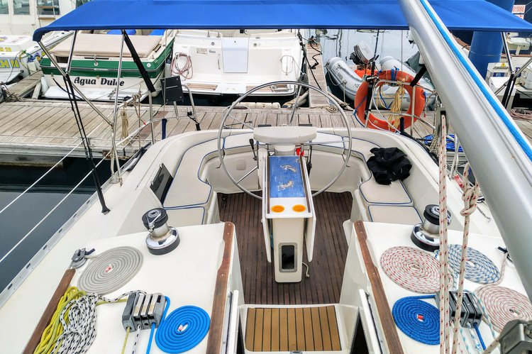 Monohull boat rental in Puerto Colon, Spain