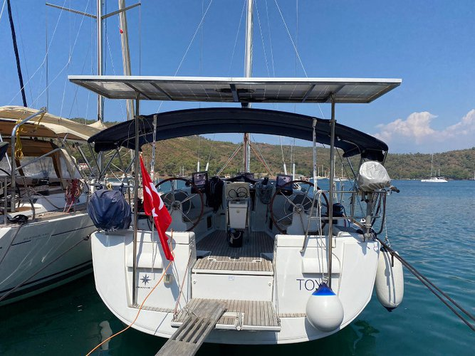Unique experience on this beautiful Jeanneau Sun Odyssey 439