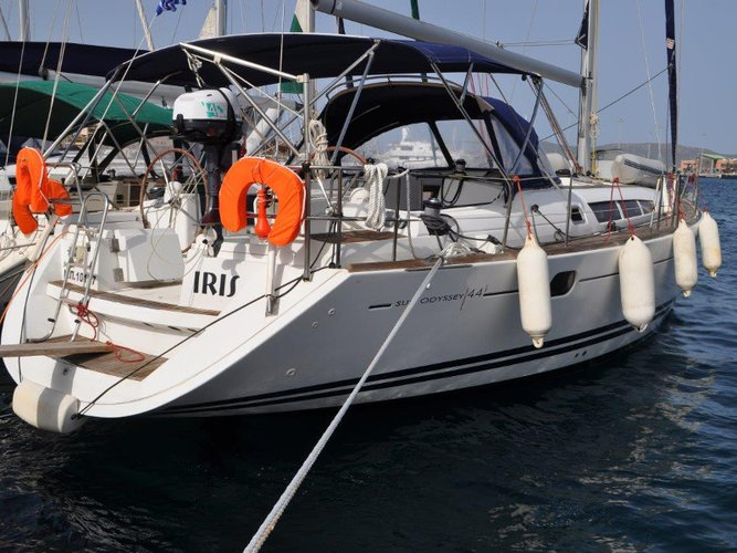 Charter this amazing sailboat in Palairos
