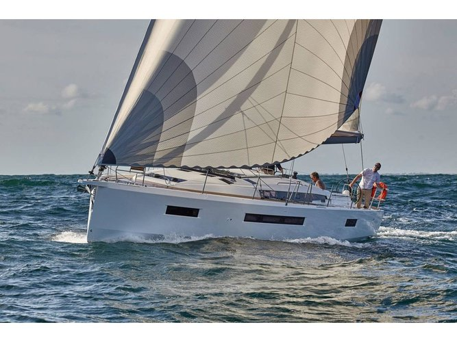 Enjoy luxury and comfort on this Jeanneau Sun Odyssey 490 in Volos