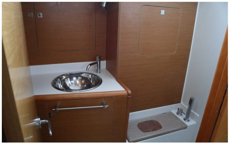 Boat for rent Sun Odyssey 42.0 feet in Palm Cay marina,