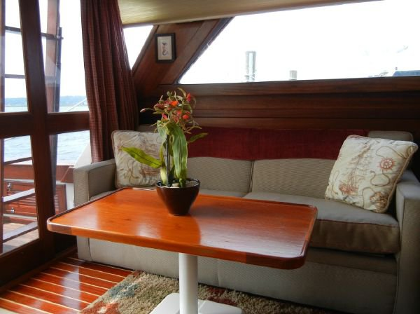 Boating is fun with a Motor yacht in Piermont