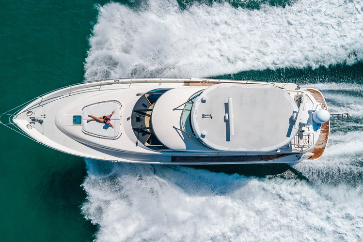 Motor yacht boat rental in Harbor West Marina,