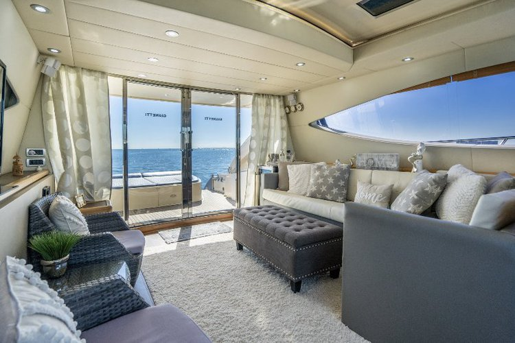 Mega yacht boat for rent in Miami Beach