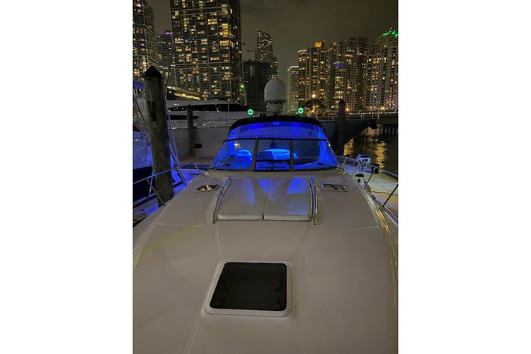 Boating is fun with a Sea Ray in Miami