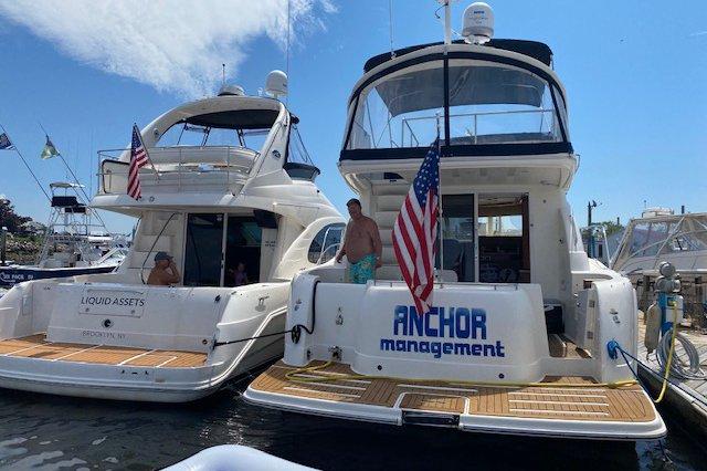 Boat rental in Brooklyn,