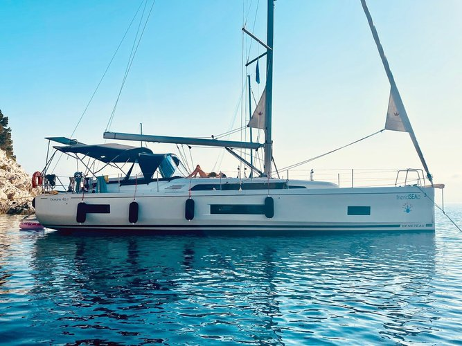 Climb aboard this Beneteau Oceanis 46.1 - 5 cabin version for an unforgettable experience