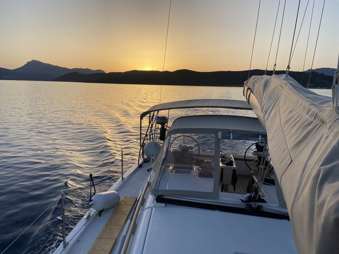 Boating is fun with a Dufour in Paros