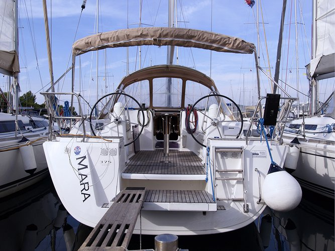 Experience Kaštel Gomilica, HR on board this amazing Dufour Yachts Dufour 375 Grand Large