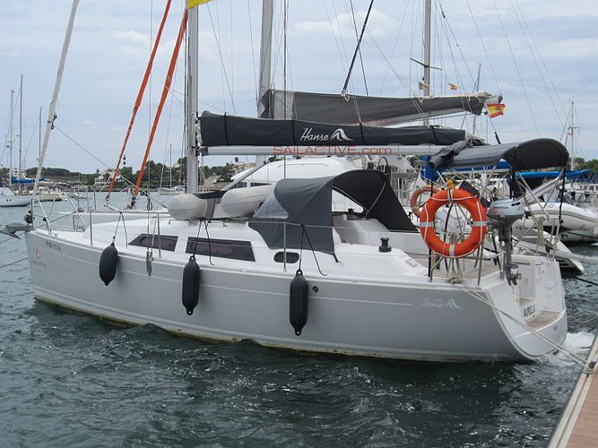 All you need to do is relax and have fun aboard the Hanse Yachts Hanse 325