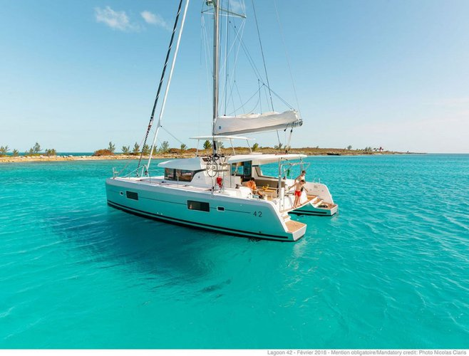 Relax on board our amazing Lagoon 40 catamaran charter in Abaco