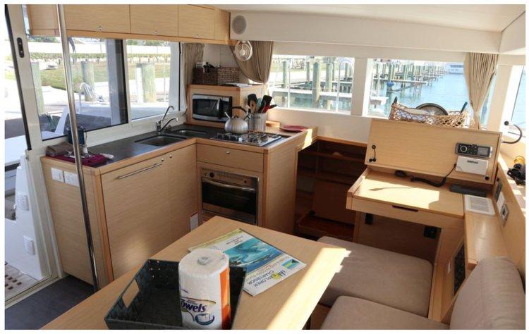 Boat for rent Lagoon 40.0 feet in Palm Cay marina, Bahamas