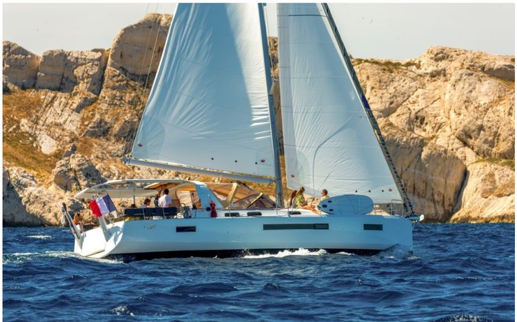 Monohull boat for rent in Charlotte Amalie