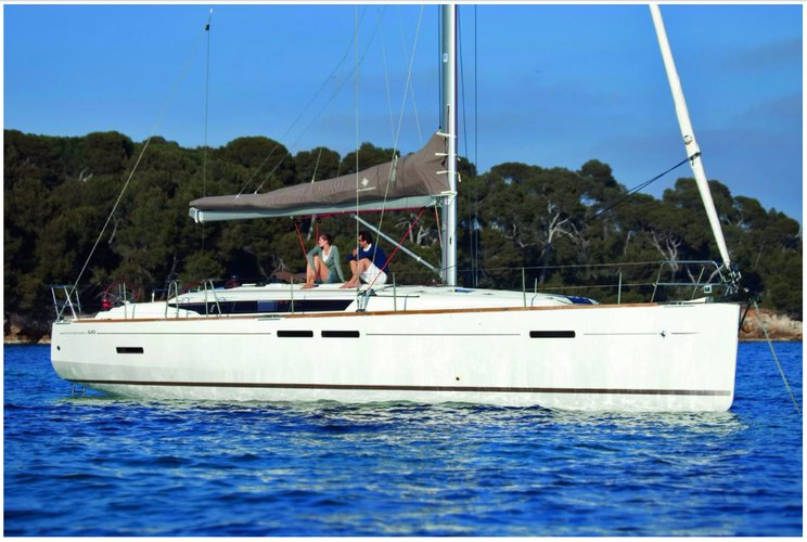 Boating is fun with a Monohull in Charlotte Amalie