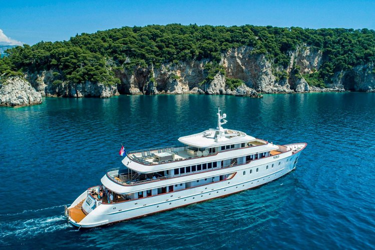 Up to 38 persons can enjoy a ride on this Motor yacht boat