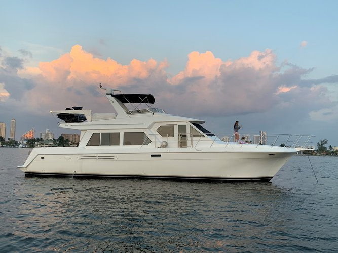 Boat rental in North Miami Beach,