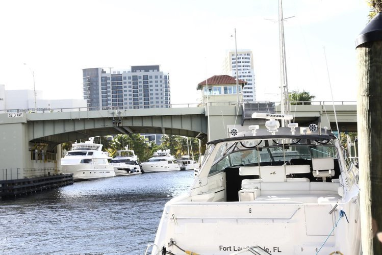 Boating is fun with a Sea Ray in Fort Lauderdale