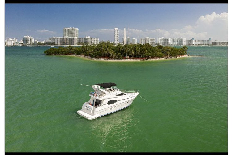 Cruiser boat rental in MBM - Miami Beach Marina, FL