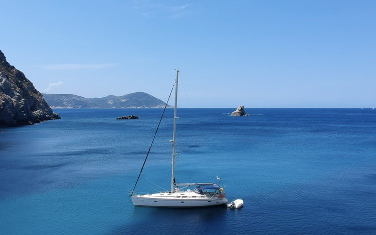 Fully crewed Bavaria 47 in Saronic and Argolic