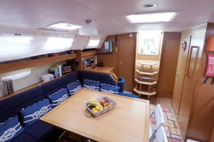 Discover Paros surroundings on this Cruiser 47 Bavaria boat