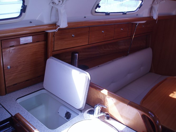 Boat for rent Bavaria Yachtbau 31.0 feet in Marina Punat (Krk), Croatia