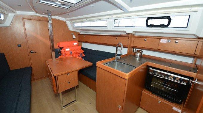 Discover Zadar region surroundings on this Bavaria Cruiser 33 Bavaria Yachtbau boat