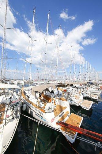 Bavaria Yachtbau boat for rent in Zadar region