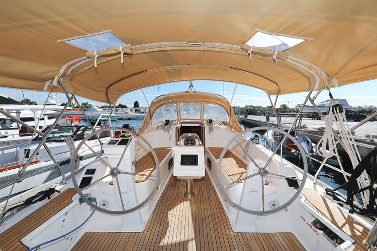 Discover  surroundings on this Bavaria Cruiser 37 Bavaria Yachtbau boat